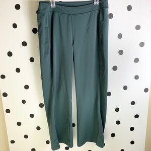 EUC ATHLETA PANTS Green/grey pants